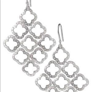 Stella & Dot Signature Clover chandelier earrings